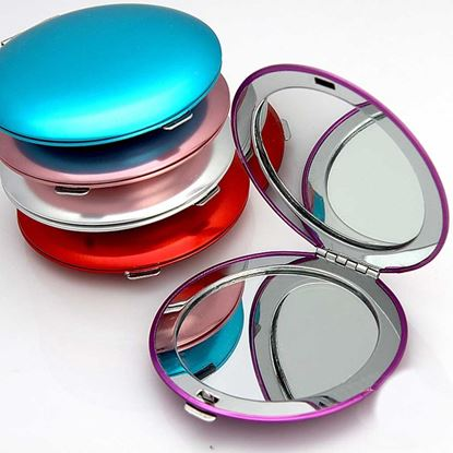 Picture of Compact Mirror professional